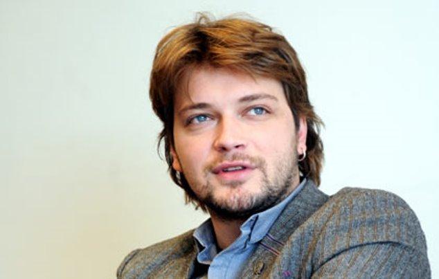 """Додека тагуваме поради неговата смрт, објавен е новиот спот на Влатко Илиевски – ,,До крајот"""""""