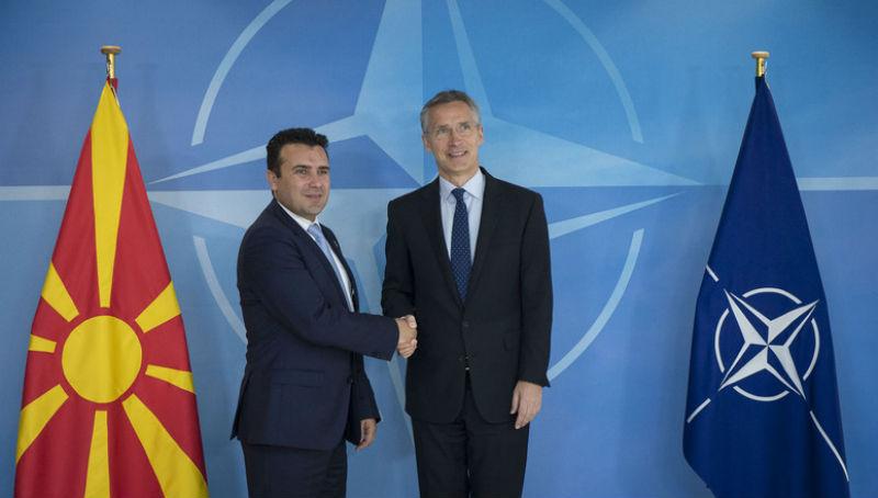 Заев телефонски се слушна со Столтенберг: Поддршката и пријателството од НАТО сојузниците потврдена