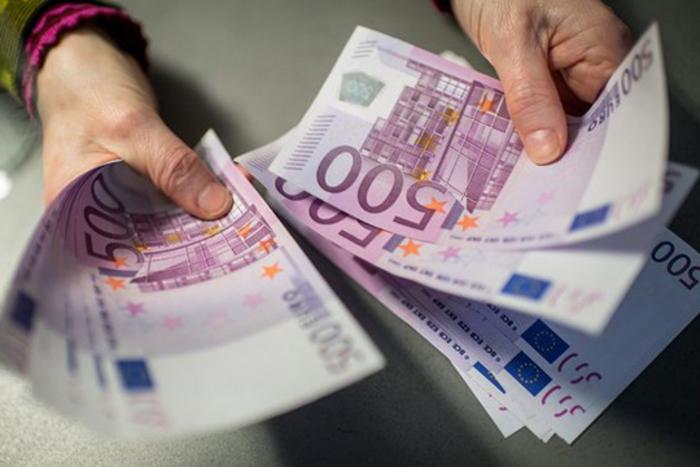 По 11.000 евра за секој пратеник кој ќе учествува во кампањата за референдумот
