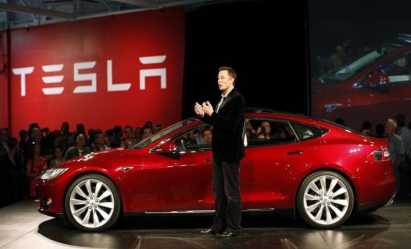 Илон Маск се откажа од понатамошно купување на акции во Тесла, и нивната цена драстично падна