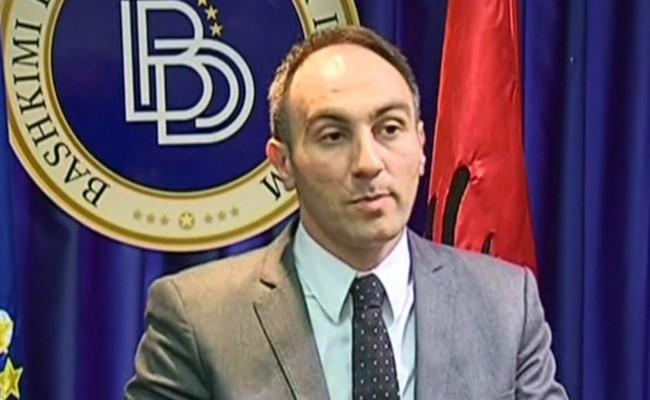 Груби ги повика Османи и Димитров утре да дадат отчет по негативниот одговор од Брисел