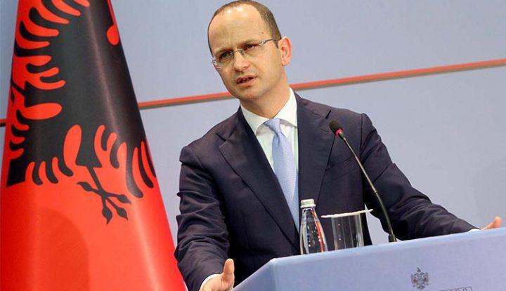 Тирана е против менувањето на граници и размена на територии