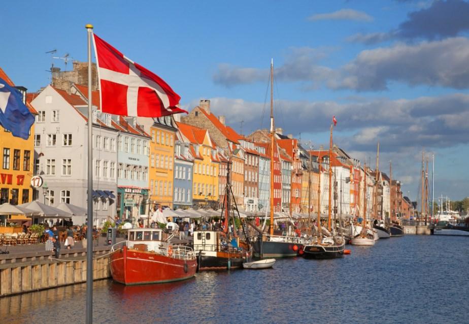 И Данска го демантираше пишувањето дека го поддржува бугарското вето