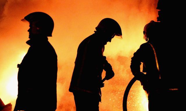 Страшно: Први снимки од пожарот на грчкиот остров (ВИДЕО)