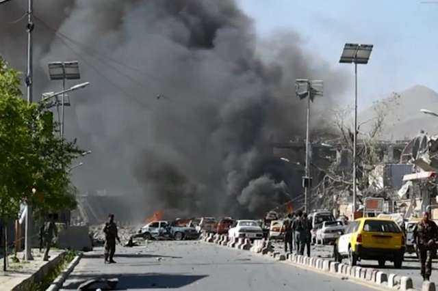 Во Кабул експлозија пред образовен центар, има жртви