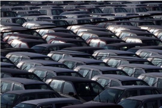 Се спрема нов данок: Нова давачка за сите кои ќе увезуваат возила од странство