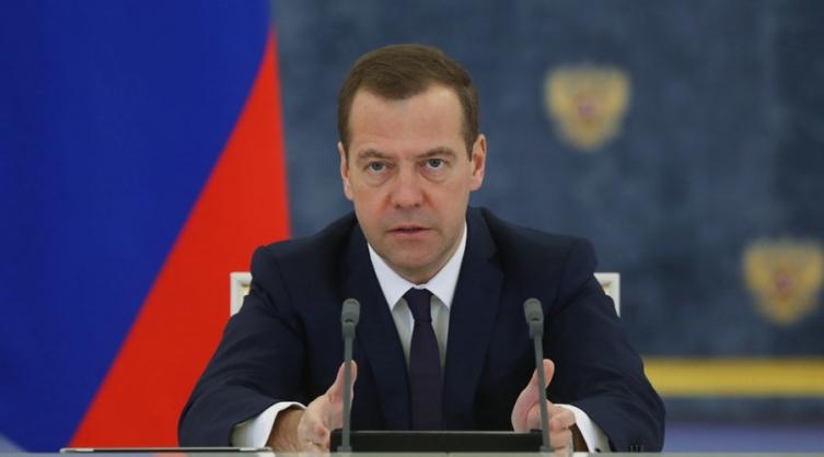 Медведев: Mожат да се толкуваат како објава на економска војна, санкциите против Русија
