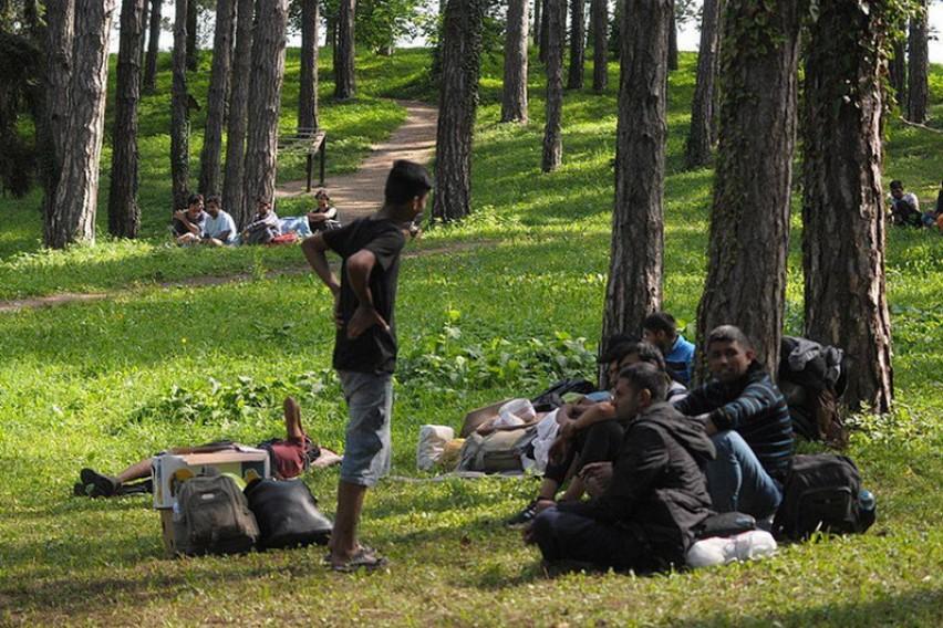 На мигрантите во Краина им се ограничува движењето и забранува спиењето по паркови