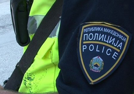 Полицајци биле тепани во Виница