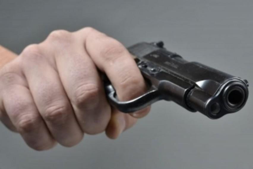 Обвинение против разбојник: Вперил пиштол во главата на вработена во сендвичара на кеј
