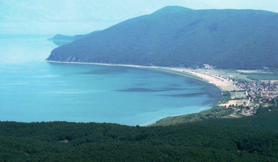 Водостојот на Преспанското Езеро е за 89, а на Охридското за 4 центиметри понизок од просекот
