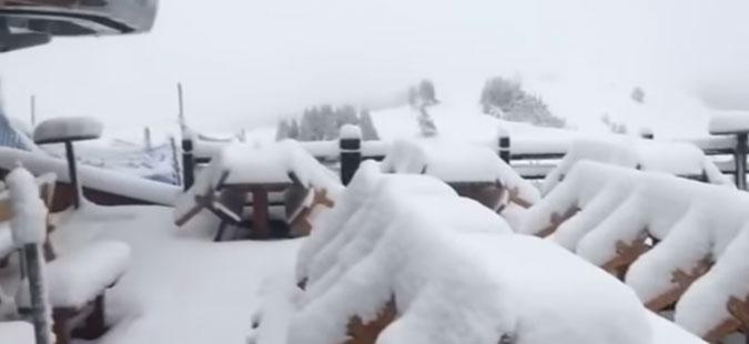(ВИДЕО) Во Австрија и Италија падна првиот снег