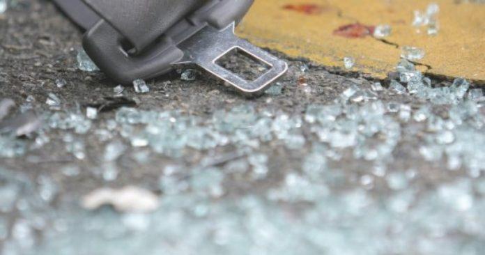 Повредени двајца возачи во сообраќајка за време на полицискот час во Тетово