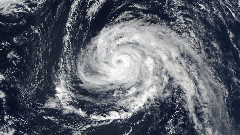 """Ураганот """"Мајкл"""" ја погоди Флорида – има загинати"""