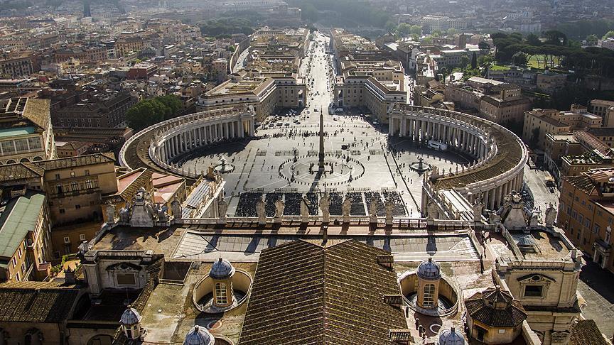 Ватикан: Сексуалната злоупотреба на децата во црквите во САД остро се осудува