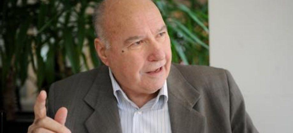 Ова е диктатура: Судот ја забрани книгата на Стојан Андов – го навредувала Фрчкоски!