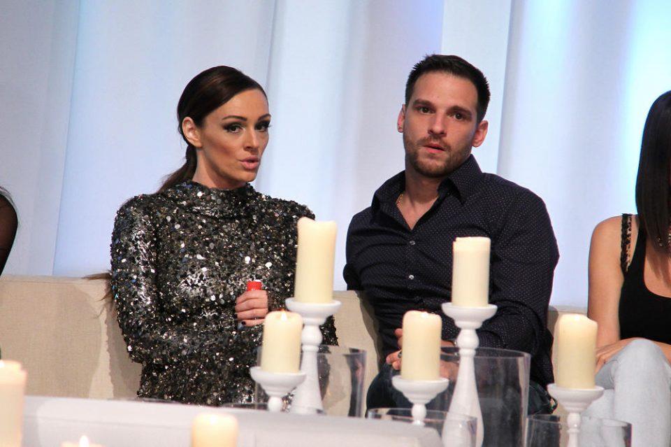 Српската пејачка и нејзиниот сопруг во притвор – Тој неа шамар, таа него гребаници