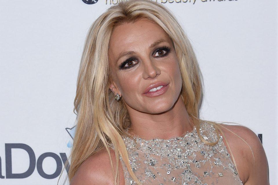 Бритни Спирс во паника – мора да му плаќа повеќе пари на поранешниот сопруг