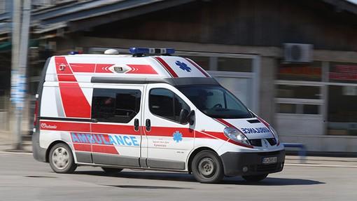 Работник паднал од објект во изградба: Со тешки повреди пренесен во болница