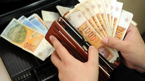 Етапна исплата на септемвриските пензии од понеделник