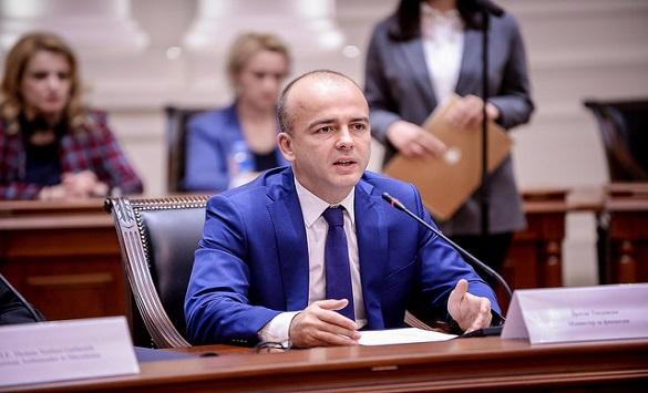 Тевдовски: Со влезот во НАТО ќе се зголемат инвестициите
