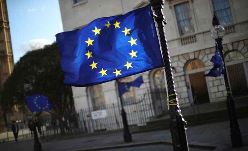 ЕУ ги продолжи санкциите кон Русија за шест месеци