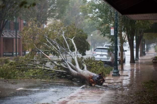 "(Видео) Досега четири жртви од ураганот ,,Флоренс"""