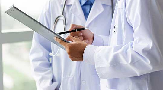 Македонија има 3 доктори и 4 болнички кревети на 1.000 жители