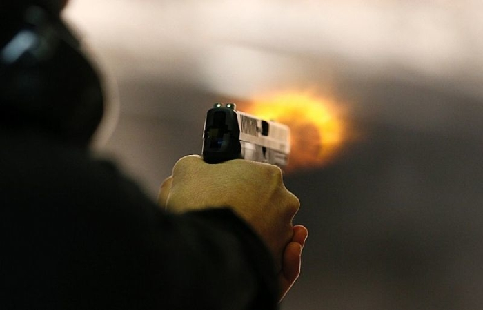 Непознат сторител во Скопје пукал во фасада од куќа