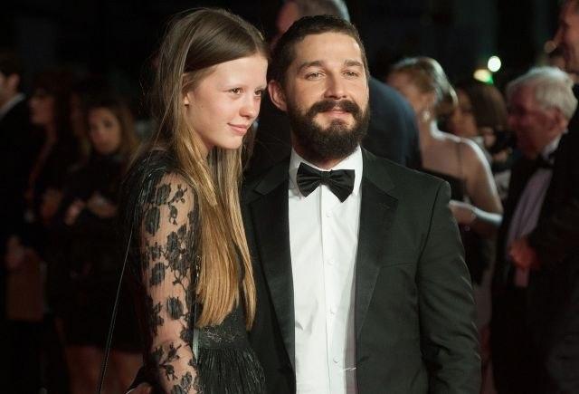 Уште еден развод во Холивуд: Познатиот актер поради неа ја остави Миа (ФОТО)