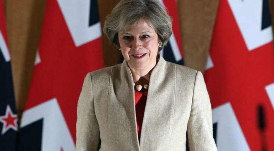 Меј: Договорот за Брегзит на 11 декември во британскиот парламент