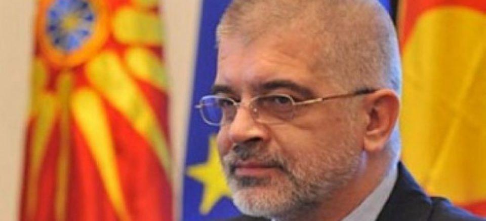 Тодор Петров НЕ ја повлече иницијативата за референдум за уставното име