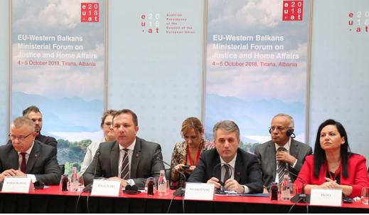 Спасовски pотпишан заеднички Акциски план за борба против тероризмот во Западен Балкан во Тирана