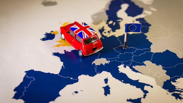 Велика Британија ја напушта ЕУ на Ноќта на вештерките