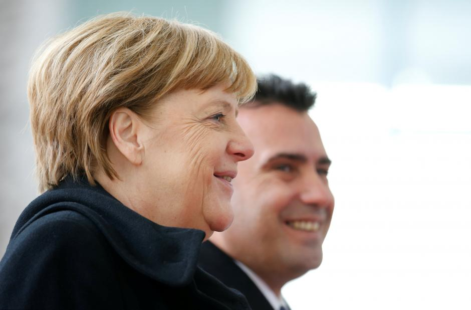 По средбата со Меркел, Заев ќе ја распушта владата – ќе се оди на предвремени избори