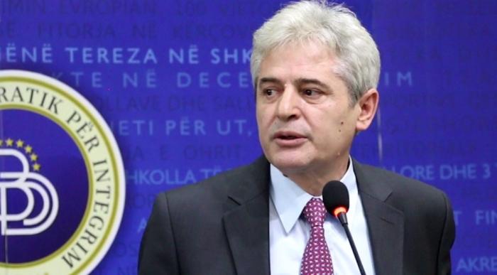 Ахмети во честитката за 11 октомври повика на довршување на евро-атланските интеграции