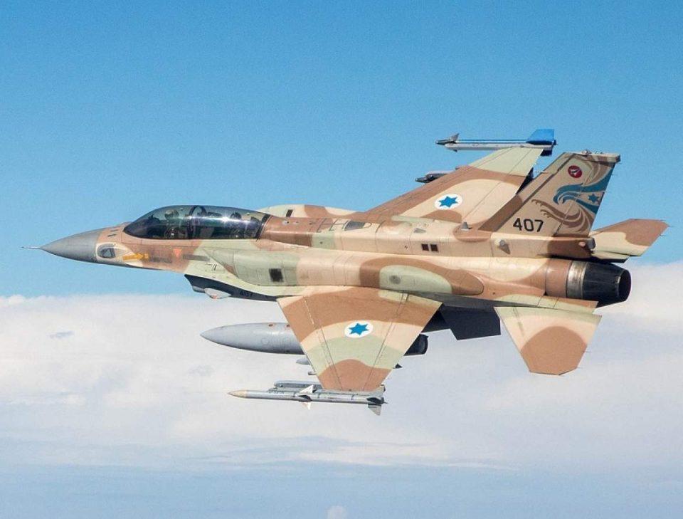 Израелската авијација жестоко возврати на ракетирањето на Хамас