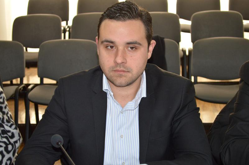 """Стоилковски: Дали Костадинов се плаши поради содржината на телефоните на осомничените во """"Рекет""""?"""
