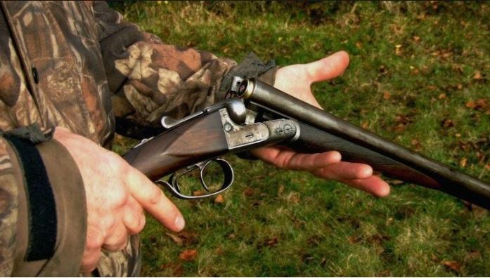 Наместо кон животно пукал кон човек – ловџија тешко повреден со прострелна рана