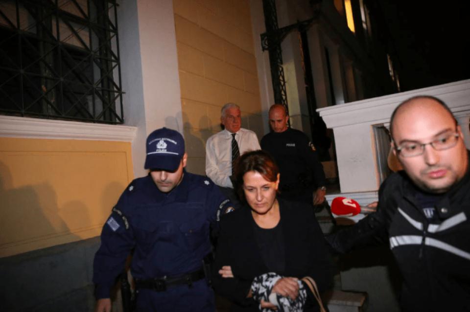 Уапсен поранешен грчки министер за одбрана, под обвинение дека испрал 2,8 милиони франци