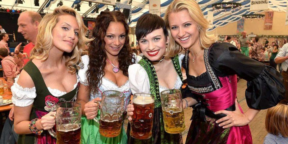 "Испиени 7,5 милиони литри пиво и изедени 200.000 колбасици на ""Октоберфест"" во Минхен"