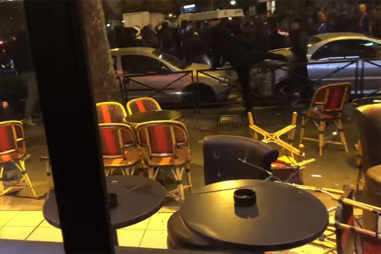Нова снимка од тепачката меѓу навивачите на ПСЖ и Црвена ѕвезда (ВИДЕО)