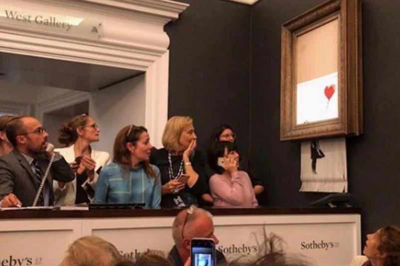 Уличен уметник ја продаде својата слика за 1,36 милиони долари, а потоа ја уништи (ВИДЕО)
