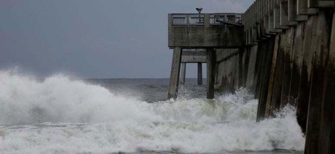 Ураганот Мајкл ја погоди Флорида
