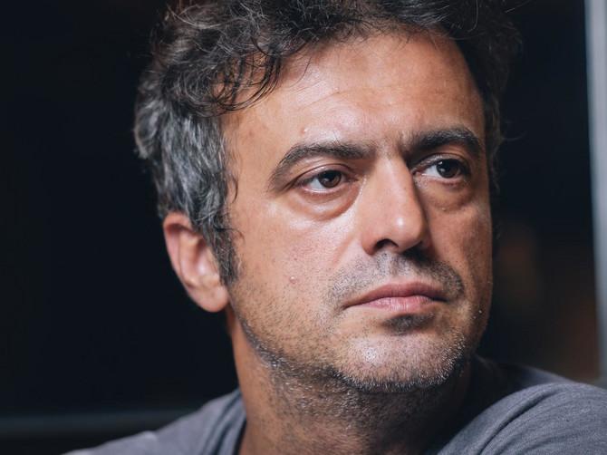 Актерот Трифуновиќ до Вучиќ: Ќе завршиш како Гадафи