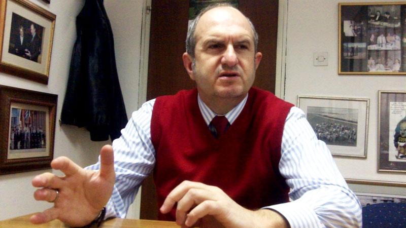 """Бучковски: Заев """"пати"""" заради својата отвореност и транспарентност"""