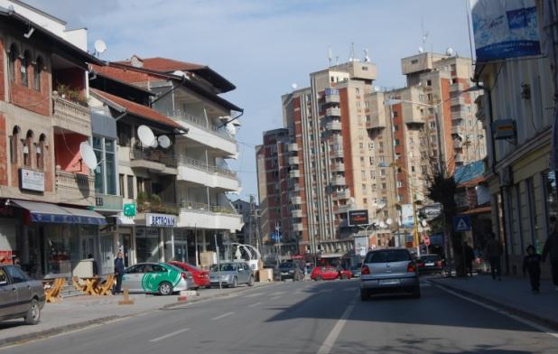 Семејствата на осудените од Диво насеље протестираат во Пеќ