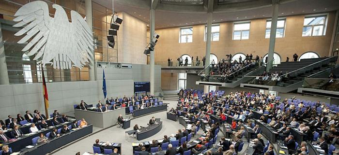 Владејачката германска коалиција инсистира дека европскиот пат на Македонија и Албанија останува отворен