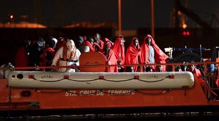 Шпанските власти спасиле 778  мигранти во Средоземното Море