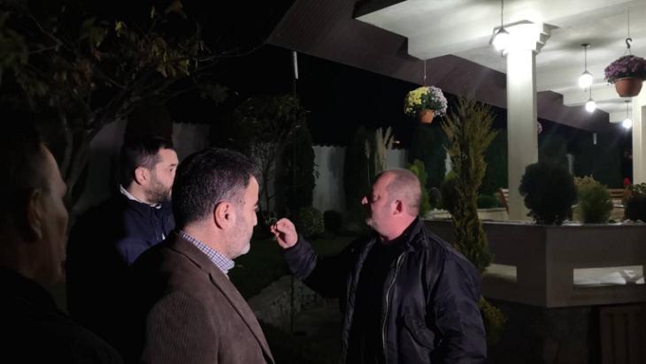 Бачев и Петровски тргнале во инквизиција: Му отишле на Мукоски пред врата
